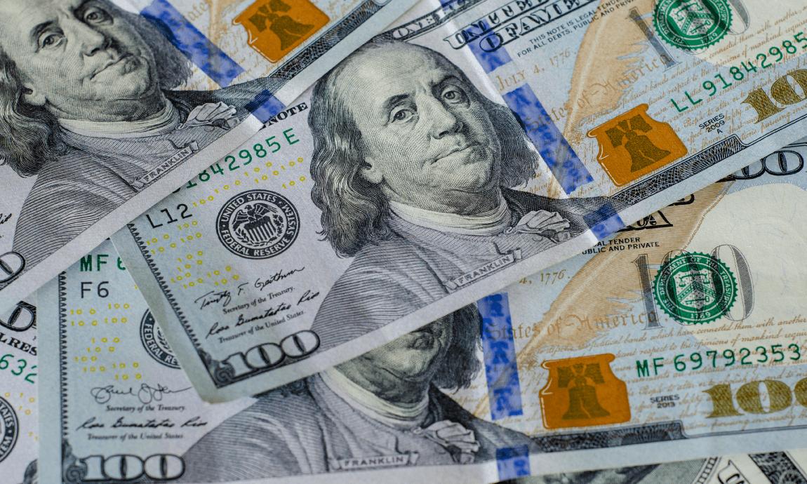 Morning Briefing: Global markets fell on gloomy US consumer spending