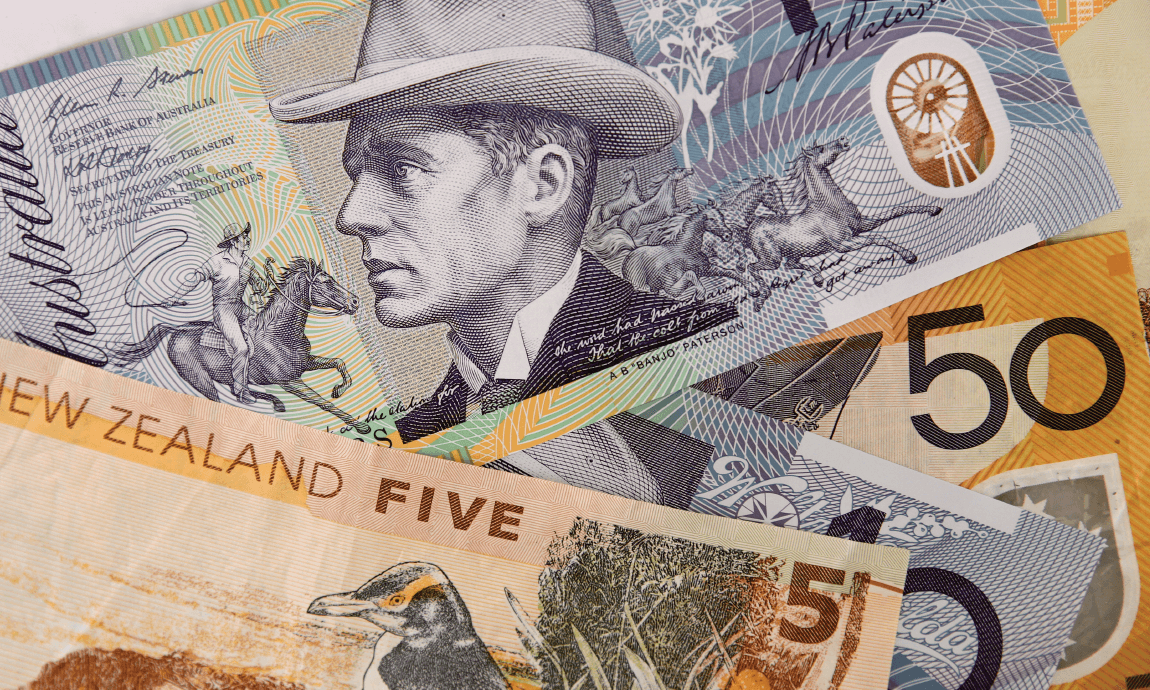 New Zealand and Australian dollars sink to a 10-month low on bearish fundamentals