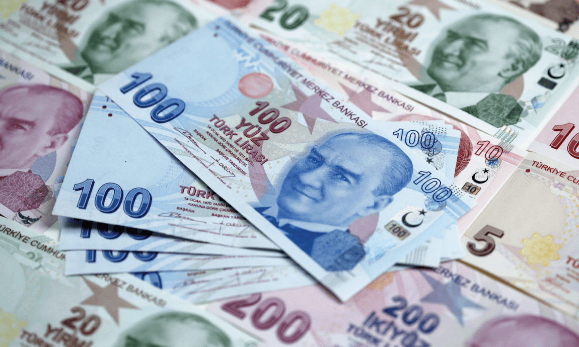Turkish lira hits fresh record low of $9,20 after Erdogan dismissed central bankers